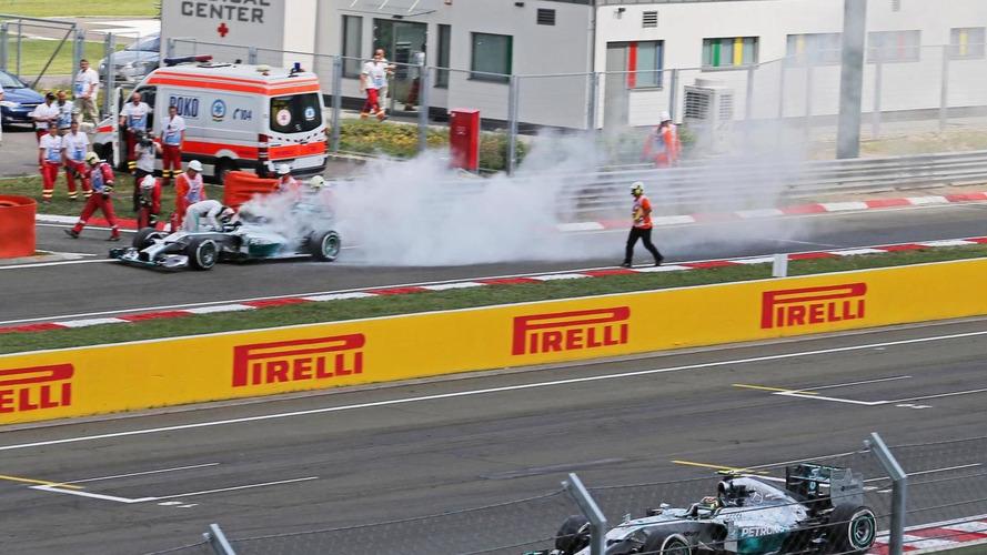 Lauda pressures Lowe after Hamilton fire