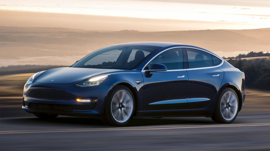 Tesla needs more cash to roll out new Model 3 car