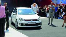 Volkswagen Golf GTI Concept White 17.05.2012