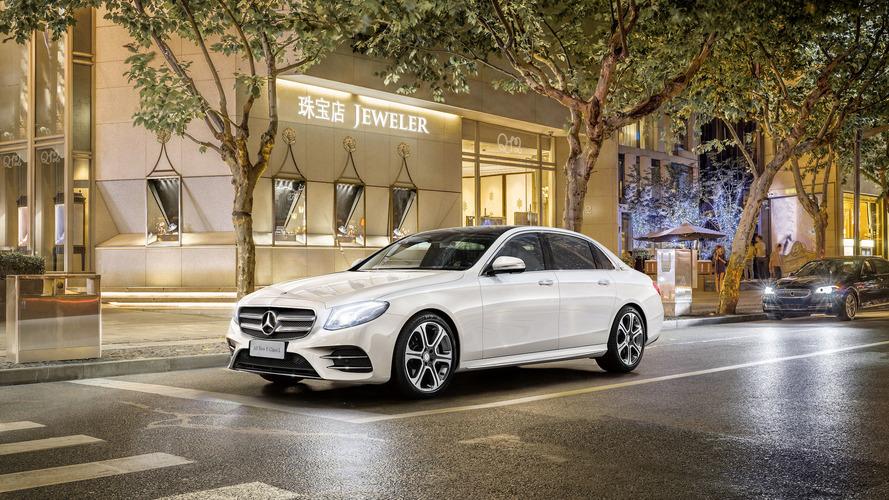 Sedãs premium – Mercedes aproveita entressafra da concorrência em fevereiro
