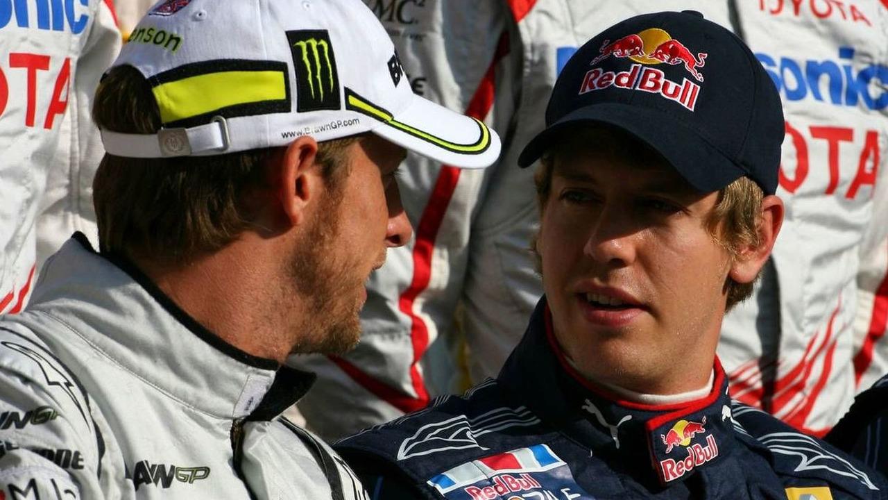 Jenson Button (GBR), Brawn GP and Sebastian Vettel (GER), Red Bull Racing, Abu Dhabi Grand Prix, Sunday, 01.11.2009 Abu Dhabi, United Arab Emirates