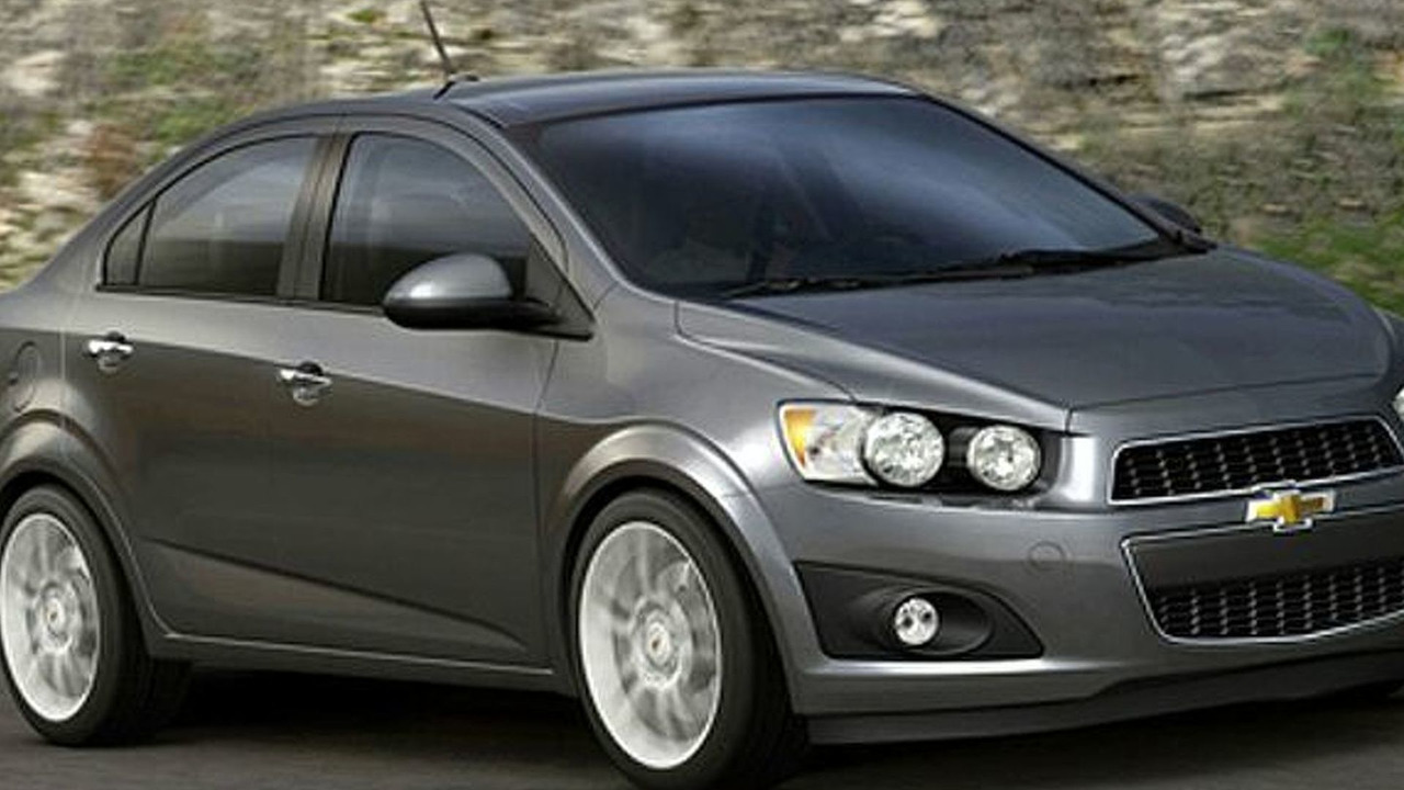 2012 Chevy Aveo Sedan first photos - 717 - 26.02.2010