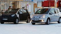 Kia No.3 Concept MPV Prototype Already Spied Before Concept Debut