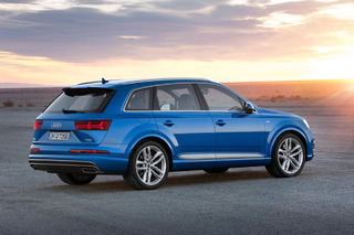 2016 Audi Q7 Looks Sleek, Boasts 373HP Diesel Hybrid