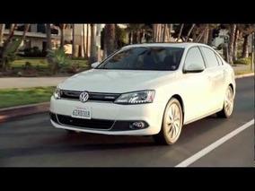 2013 Volkswagen Jetta Hybrid Driving Footage