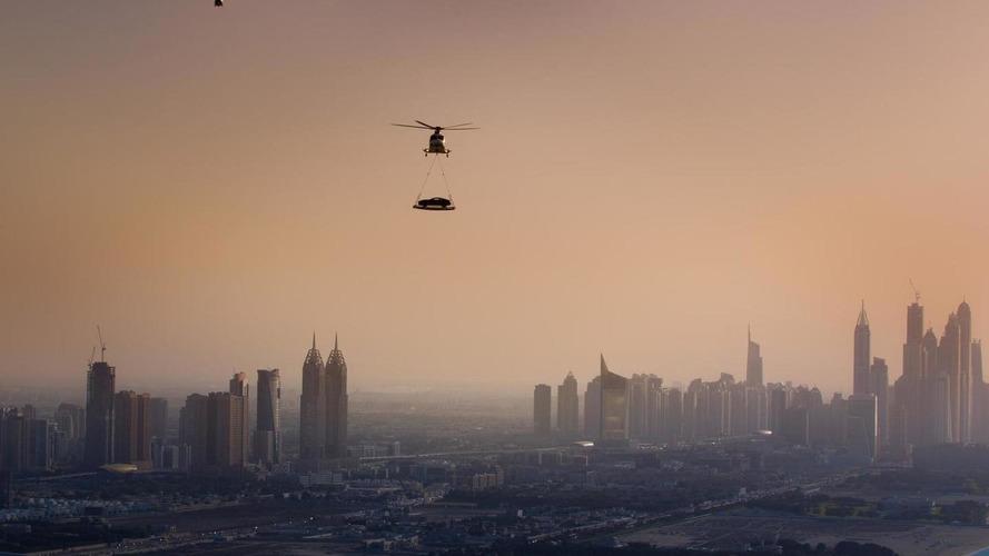Aston Martin airlifts Vanquish to top of Burj Al Arab hotel [video]