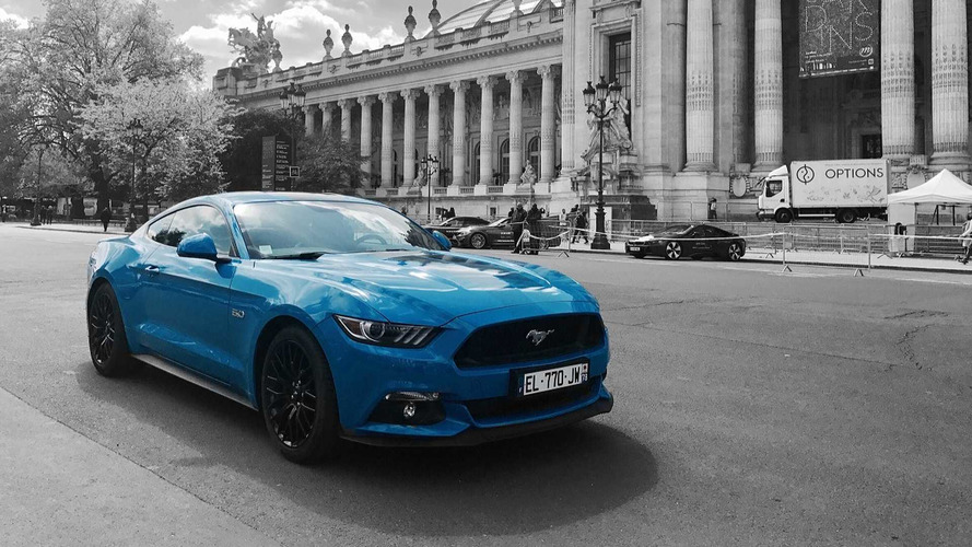 ford d voile les tarifs des mustang black shadow et blue edition. Black Bedroom Furniture Sets. Home Design Ideas