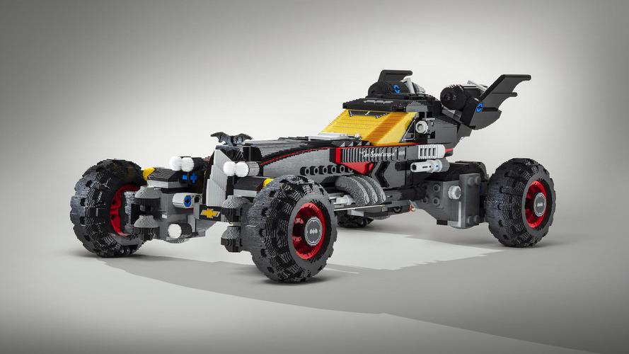 Chevrolet gerçek boyutlu Lego Batmobile geliştirdi