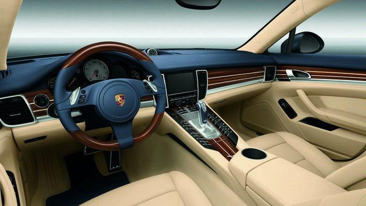 Porsche Panamera interior Yachting Mahogany