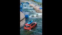 Jeep Renegade contro le rapide