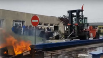 French workers on protest