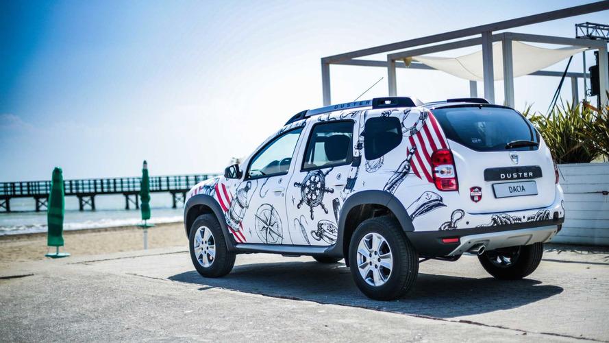 Le Dacia Duster joue les aventuriers sauvages en Italie