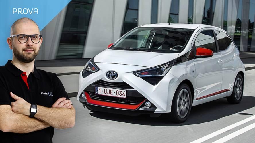 Toyota Aygo restyling, connessi e al riparo dai pericoli