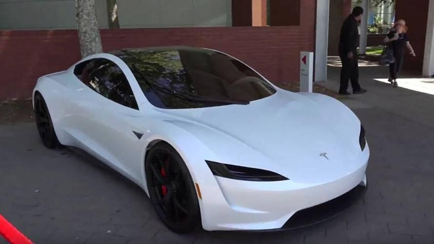 tesla roadster blanc