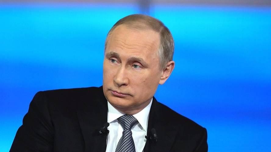 Vladimir Poutine au volant d'une Tesla ?