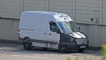 Spy Shots: 2018 Mercedes-Benz Sprinter