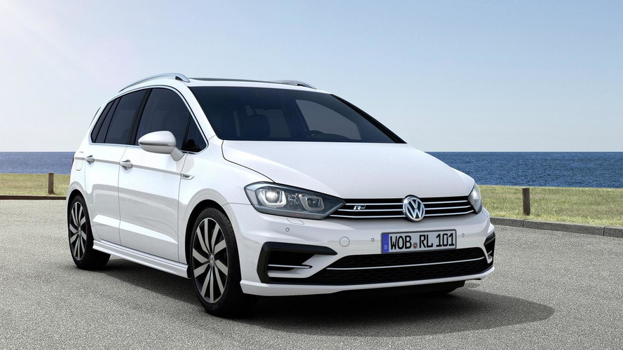 Volkswagen spices up Golf Sportsvan with two R-Line packages
