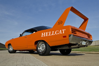 7 Classic Cars That Deserve a Hellcat Engine Swap