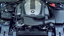 BMW 650i new V8 engine