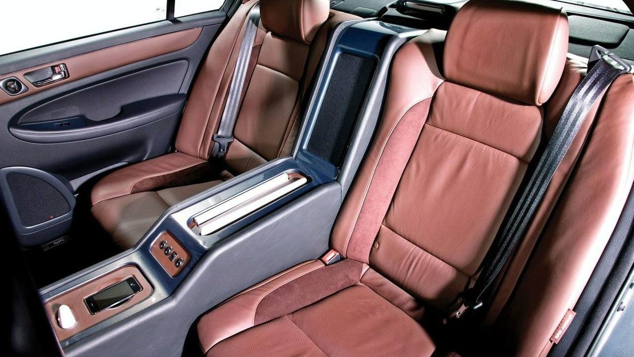 Hyundai/RIDES Genesis