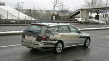 2010 Mercedes E-Class wagon spy photos