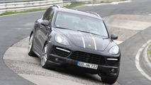 2012 Porsche Cayenne Turbo S spied 20.04.2011