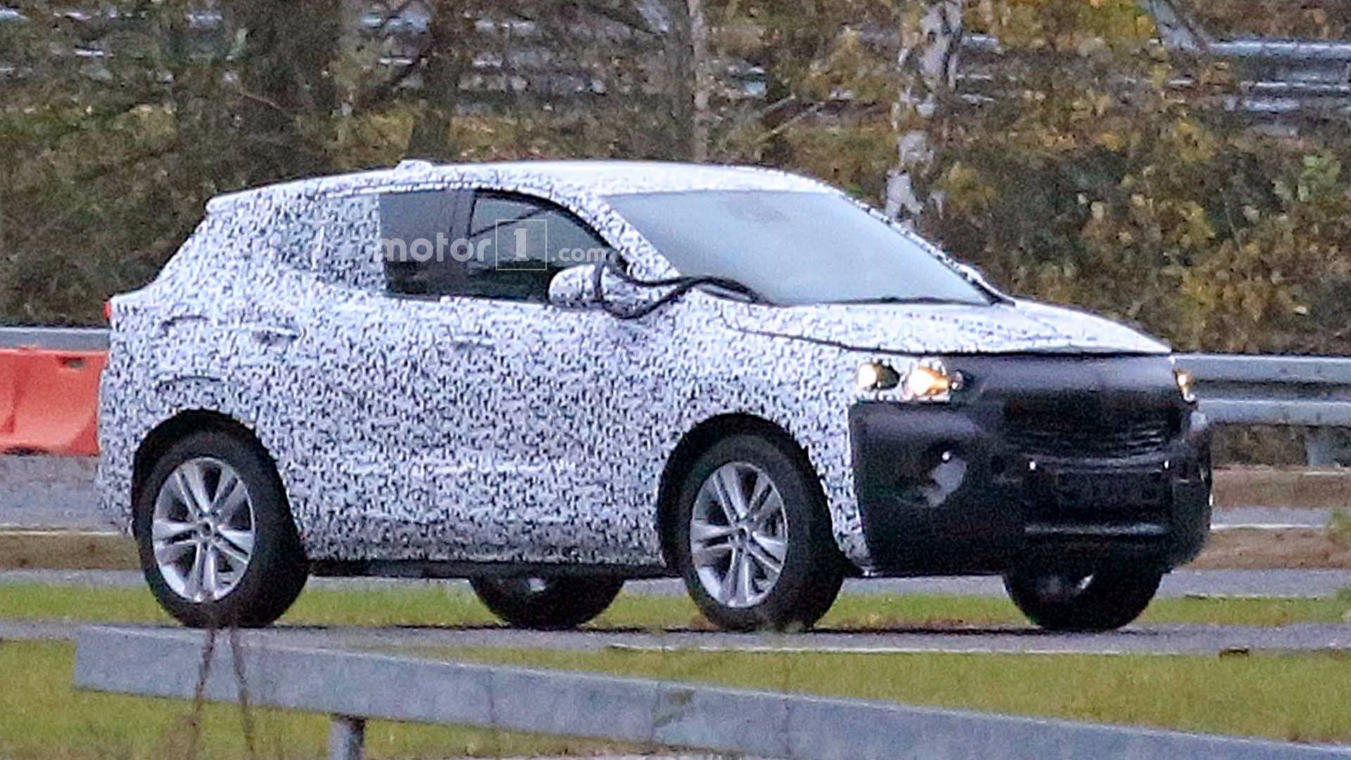 Opel Mokka X Compact Suv Replacement Spied For The First Time