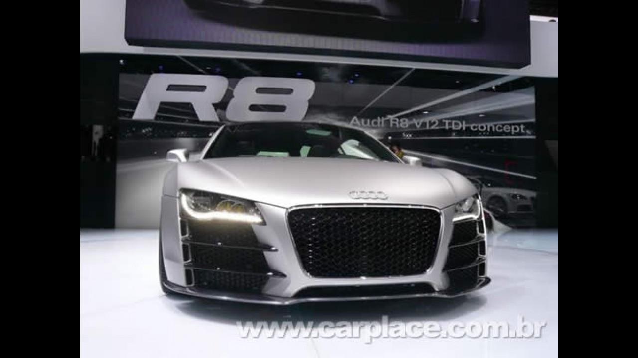 Audi R8 ganha novo opcional: Faróis compostos totalmente por LEDs