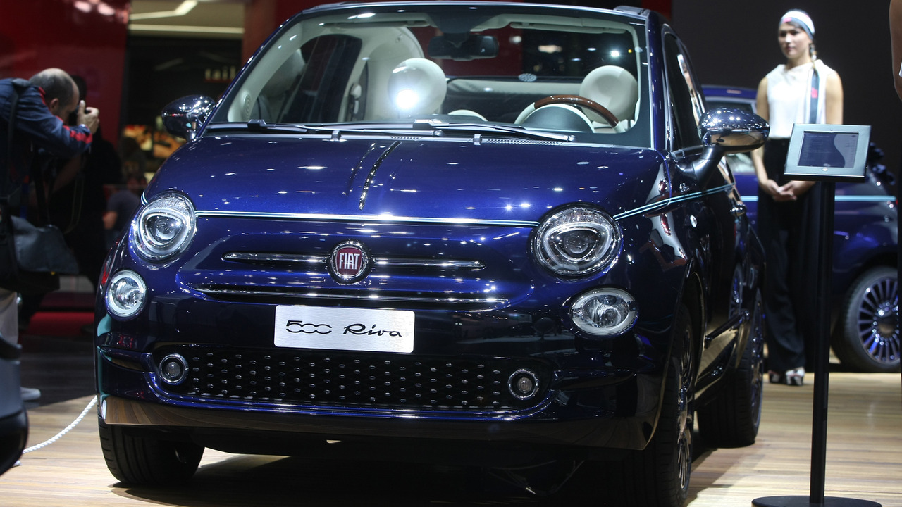 fiat 500 riva tender to paris edition revealed in the city of lights. Black Bedroom Furniture Sets. Home Design Ideas