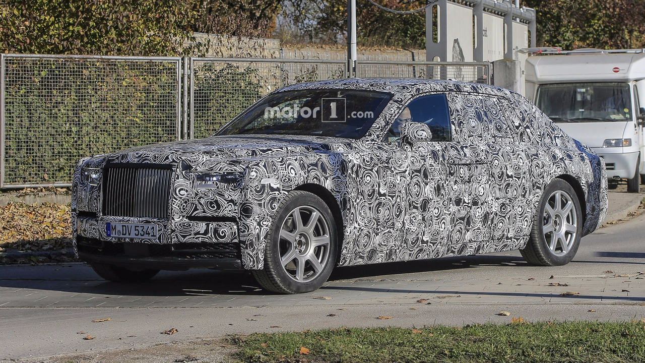 2018 Rolls Royce Phantom Looks Majestic Even With Full Camo
