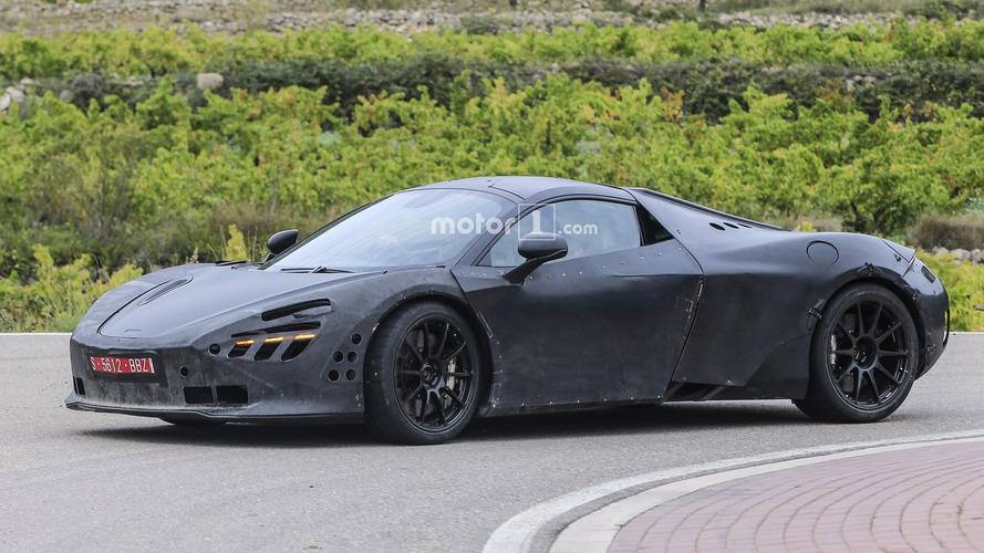 Photos espion - La successeure de la McLaren 650S est de sortie