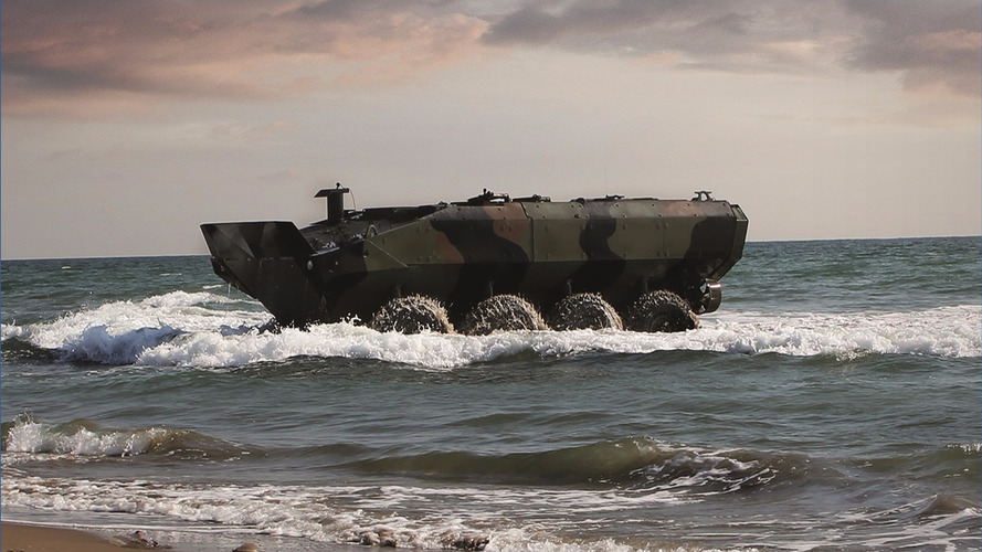 Marines take delivery of first fully amphibious 8x8 tank