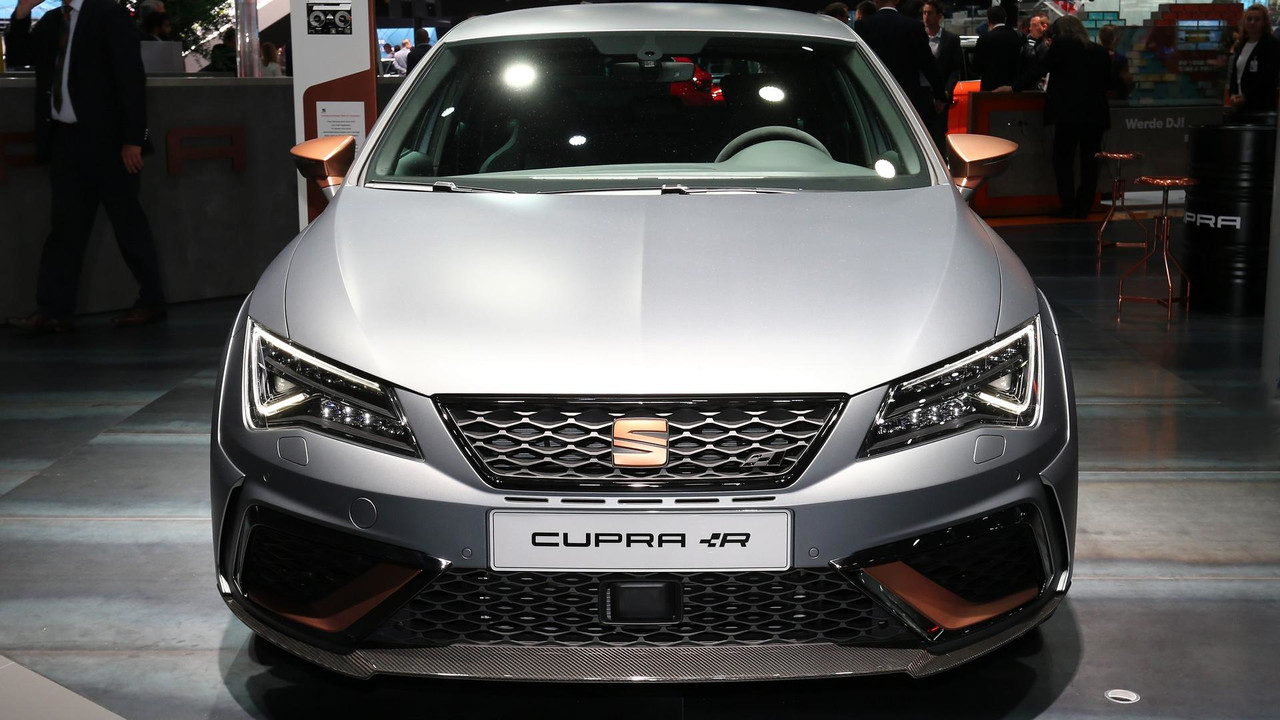 seat leon cupra r races into frankfurt with 310 horsepower. Black Bedroom Furniture Sets. Home Design Ideas
