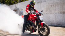 2016 Ducati Monster 1200 R: First Ride