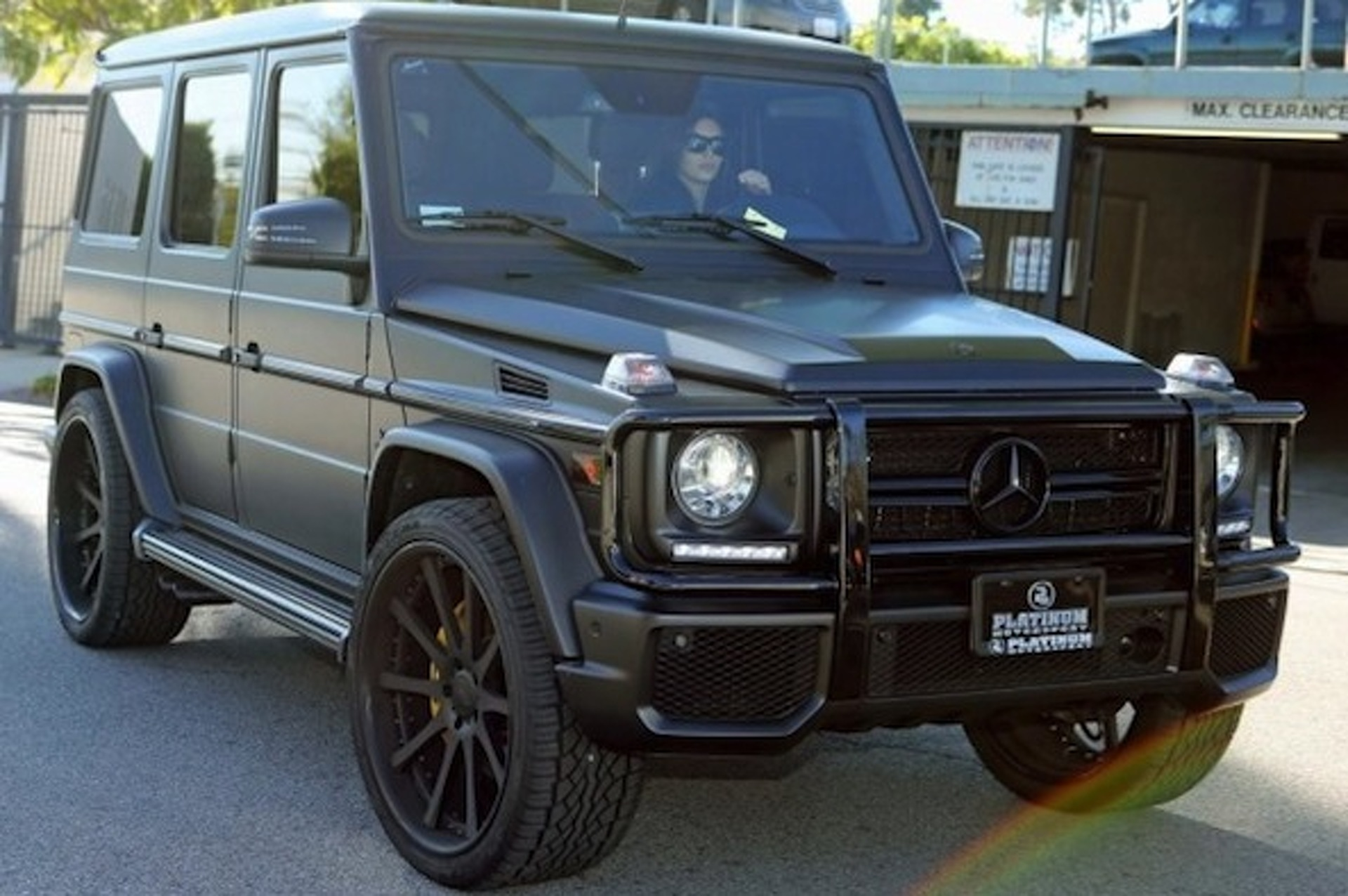 Cars of the kardashians for Mercedes benz kardashian