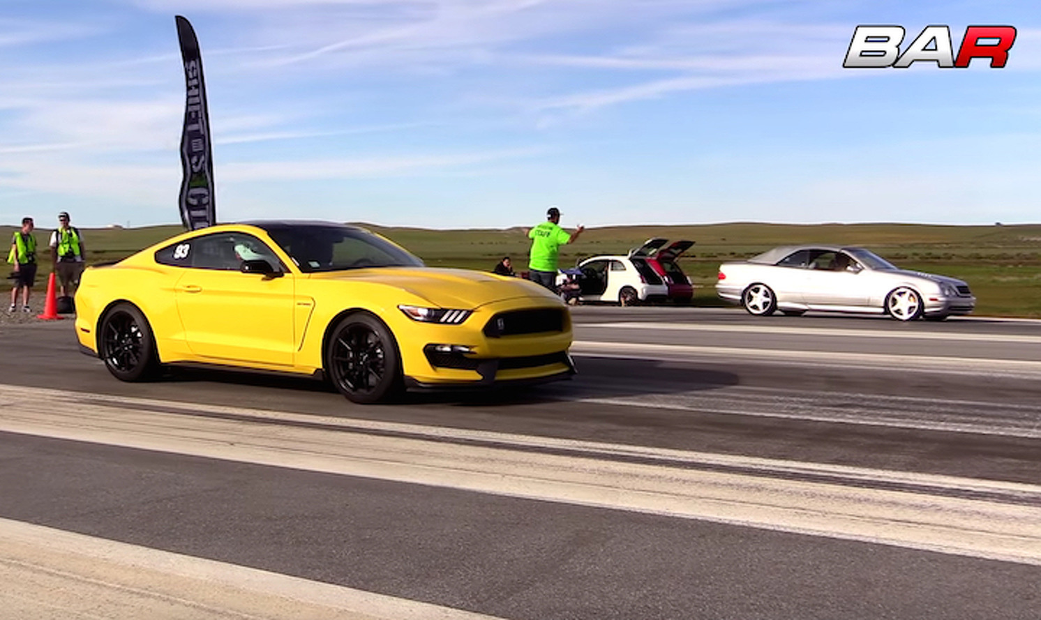 Mustang Shelby GT350 vs Mercedes CLK55 AMG Cabriolet is an Odd Matchup