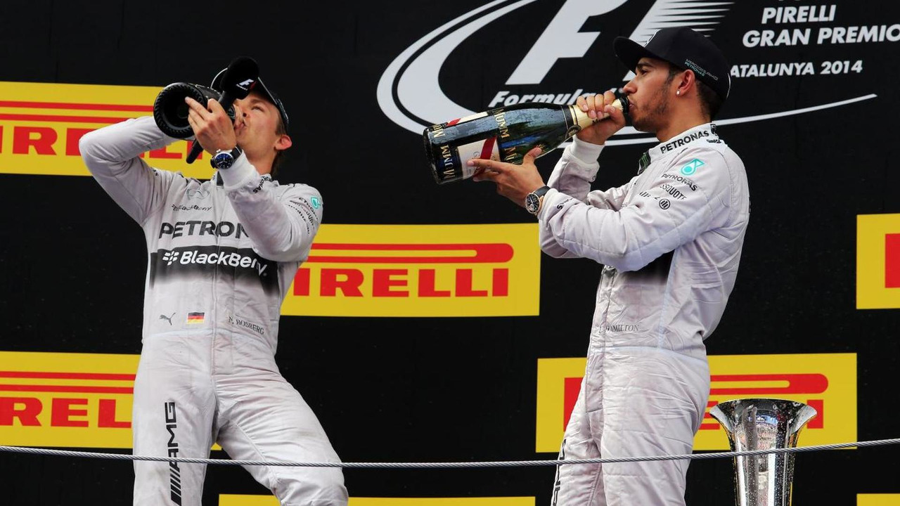 Second placed Nico Rosberg (GER) celebrates with team mate and race winner Lewis Hamilton (GBR), 11.05.2014, Spanish Grand Prix, Barcelona / XPB