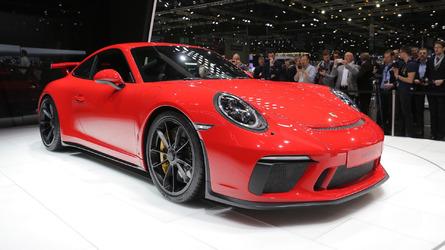 Porsche 911 GT3 abre mão do turbo para ter 506 cv nas rodas traseiras