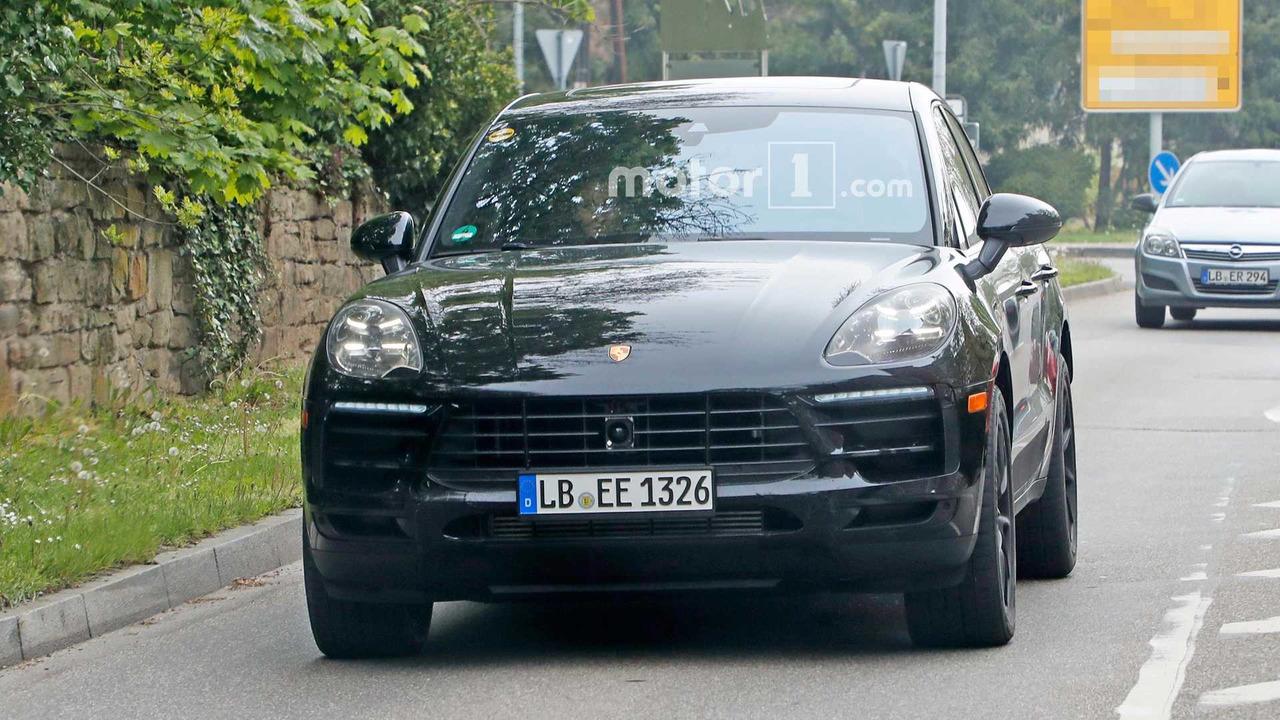 Porsche Macan Refresh Spy Shots