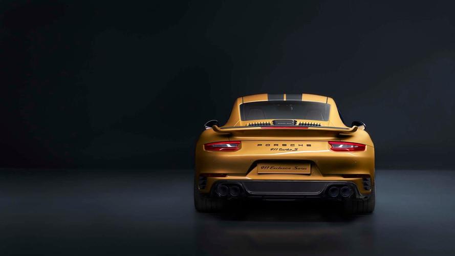 PHOTOS - La Porsche 911 Turbo S Exclusive Series prend la pose