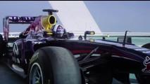 Vídeo: Red Bull comemora título da F1 com zerinhos em heliponto