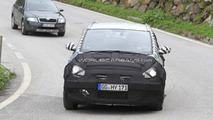 Hyundai i30 MPV spy photos in Alps, 16.06.2010