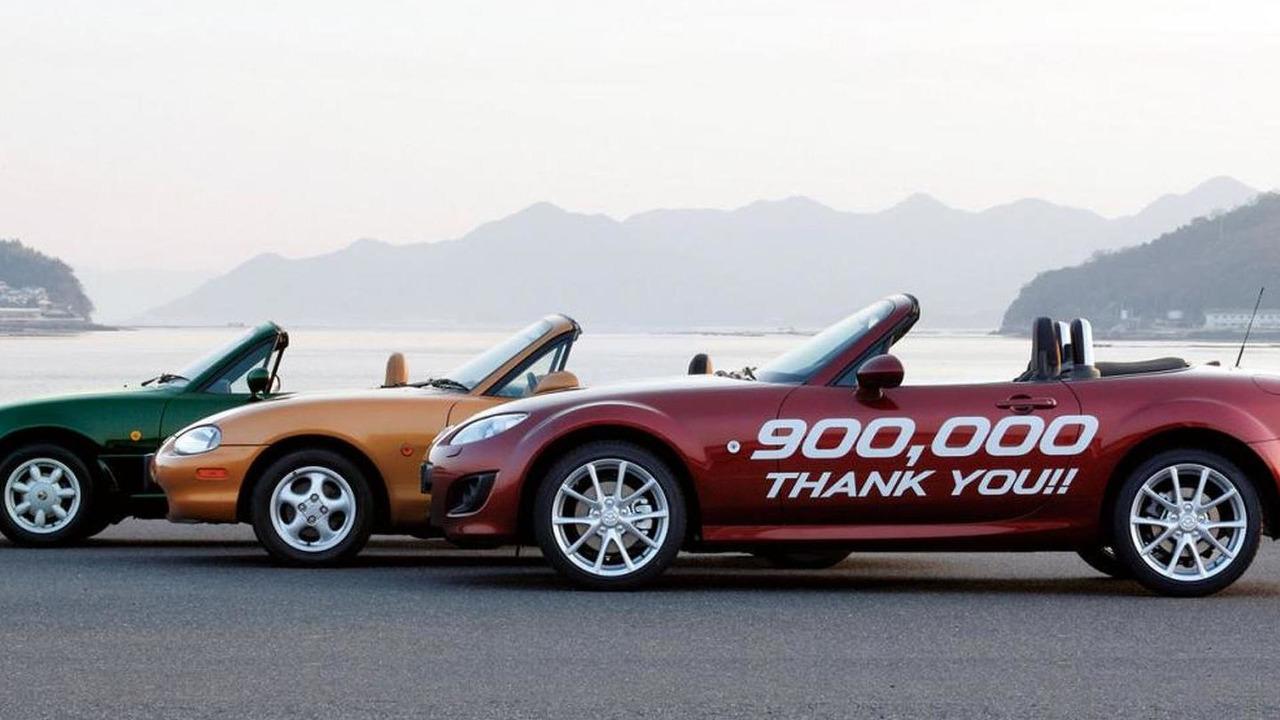 900,000th Mazda MX-5 Miata - 04.2.2011