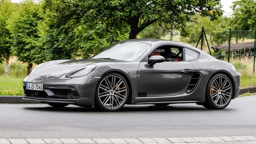 2018 Porsche Cayman GTS Spied Virtually Undisguised