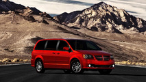 Dodge Grand Caravan and Chrysler Town & Country receive 30th Anniversary Editions