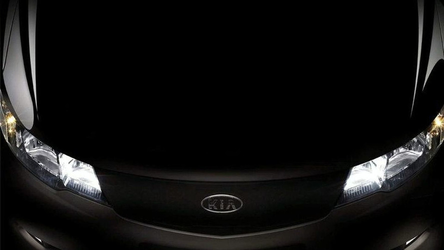 Kia Forte Second Teaser Image Emerges