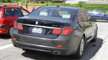 2012 BMW 7-Series facelift spy photo - 29.6.2011