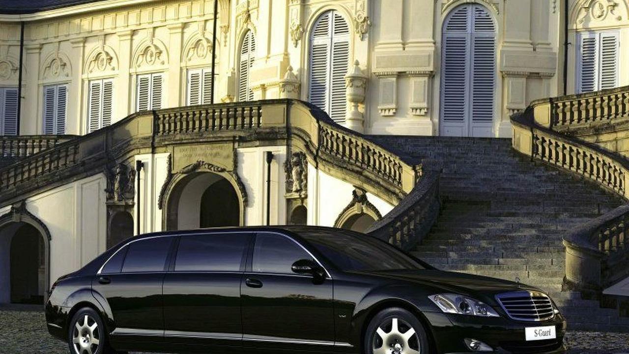 New Mercedes-Benz S 600 Guard Pullman