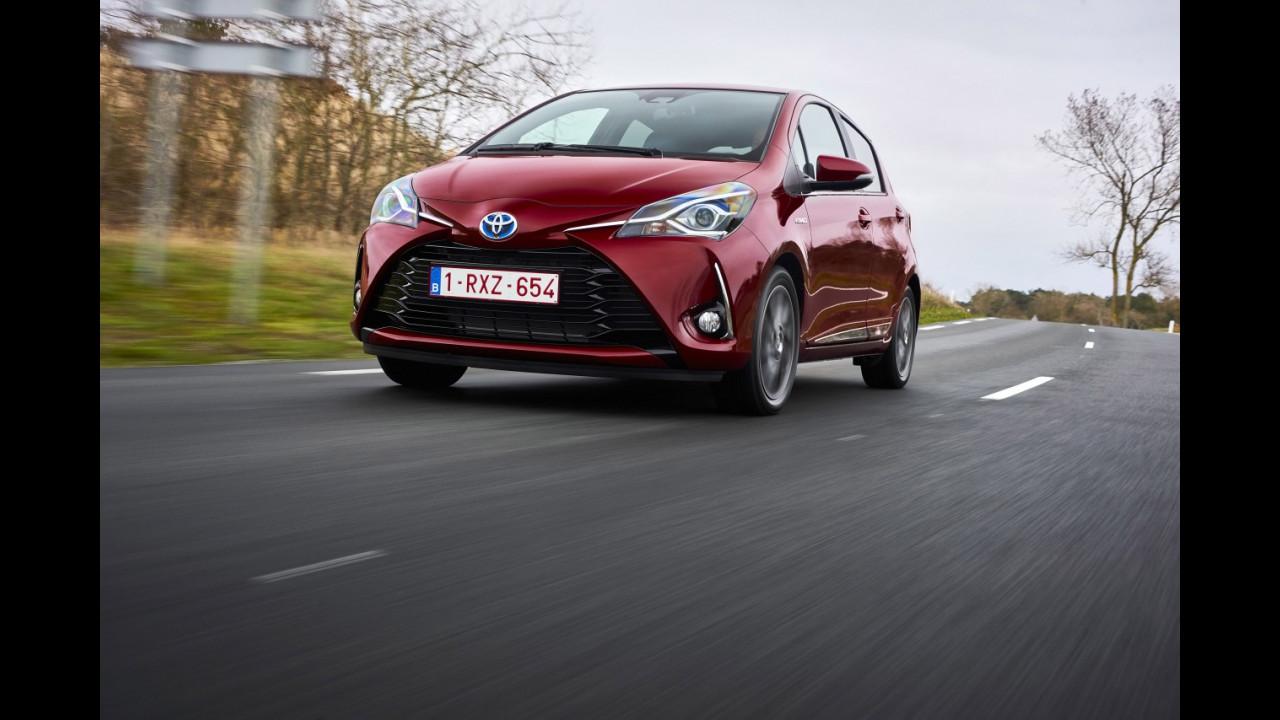 Toyota Yaris Hybrid restyling 2017