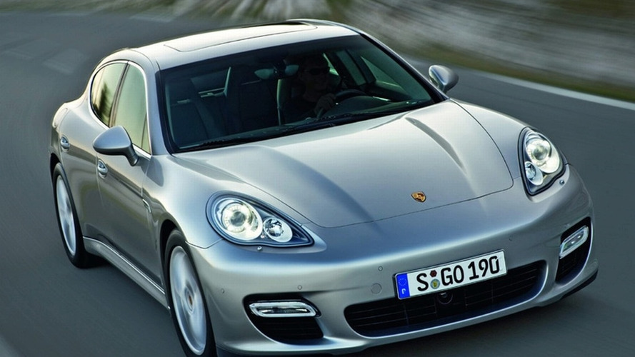 Official Porsche Panamera Image Leaked
